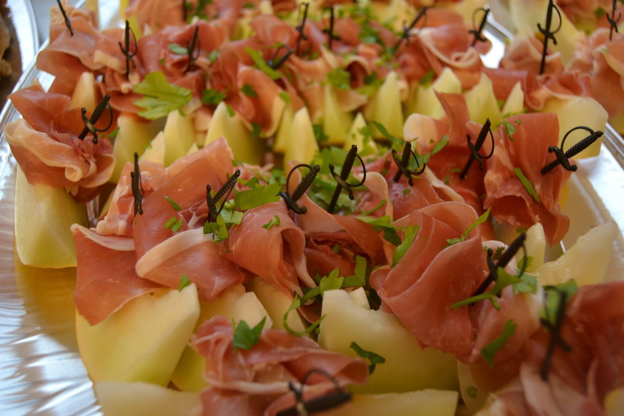 Melon og spekeskinke på fat