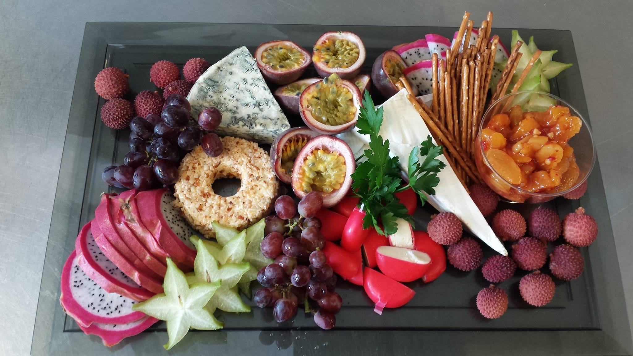 Ost, frukt og bær